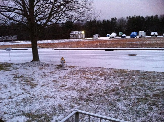 Light snow coats Holiday City in Toms River