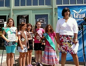 Claire Antonucci with Girls Scouts