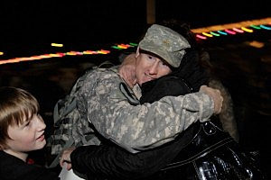 US Army member returns home from Kuwait