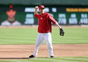 Toms River nativeTodd Frazier of the Cincinnati Reds throws the ball during batting practice before Game Four of the National League Division Series against the San Francisco Giants