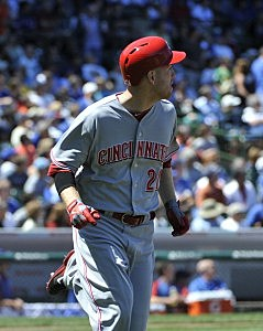 Todd Frazier watches his home run against the Chicago Cubs