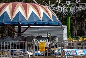 Ocean County Fair ride, sans riders (Riverside Signal)