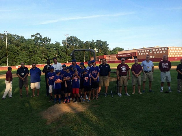 """The """"Battle of the Badge"""" charity softball game"""