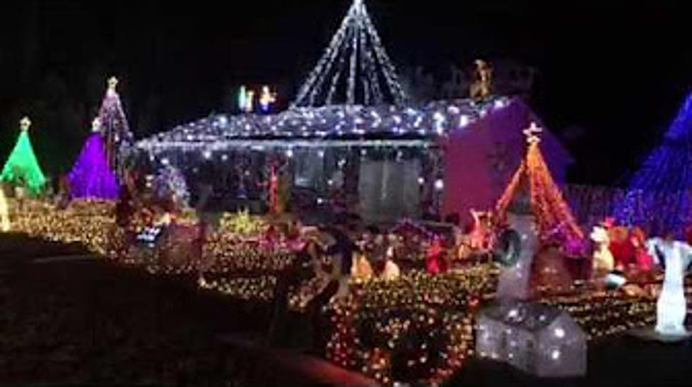 an amazing christmas light show in bayville