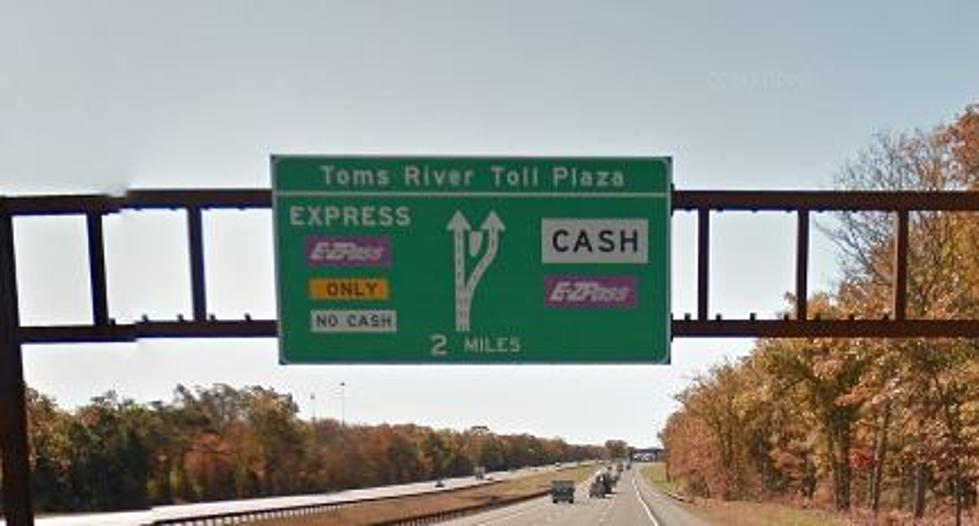 Do You Use E-ZPass Or Cash On New Jersey\'s Toll Roads?